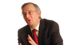 Andrew Milligan (SLI): 'Voorkeur voor Europa en Japan'