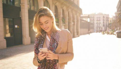 Vrouwen gebruiken vaker smartphone voor betalingen