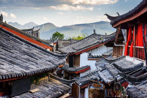 Beleggers zouden China als een aparte beleggingscategorie moeten zien. Het land is nu nog vaak onderdeel van een opkomende landenportefeuille.