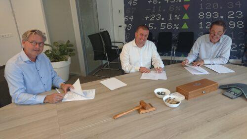 Today's Group en Vladeracken Vermogensbeheer fuseren